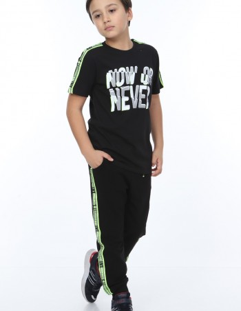 """T-SHIRT """"NOW OR NEVER"""""""