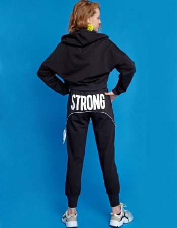 DRES STRONG