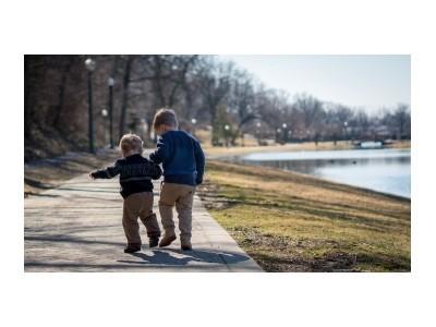 Jak ubrać dziecko na wiosnę? - Blog HOKUS POKUS