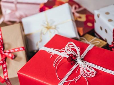Czy odzież to dobry pomysł na prezent dla dziecka? - Blog HOKUS POKUS